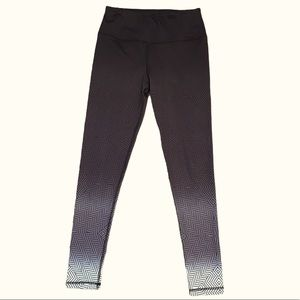 Leg3nd | black ombré leggings Sz med